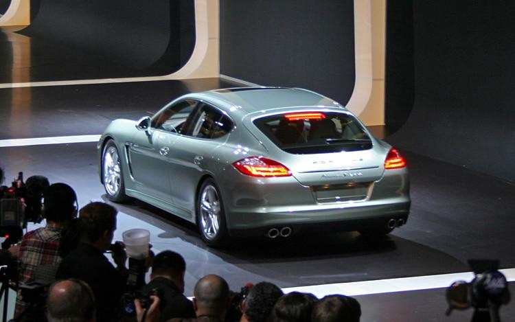 2012 Porsche Panamera S Hybrid Rear1