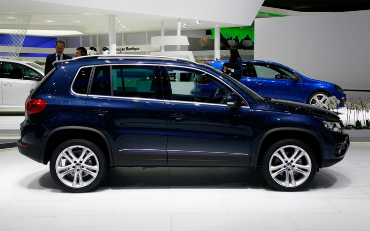 2012 volkswagen tiguan 2011 geneva motor show. Black Bedroom Furniture Sets. Home Design Ideas