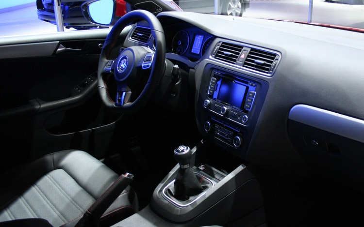 Chicago 2011 Volkwagen Partners With Fender Panasonic On New Gli Stereo