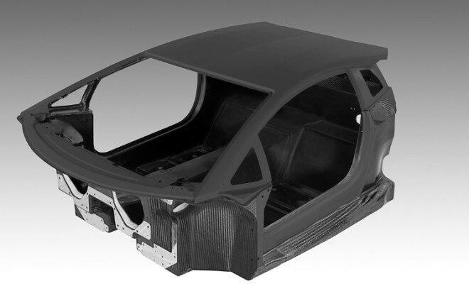 Lamborghini Aventador Carbon Fiber Monocoque Shell1 660x413