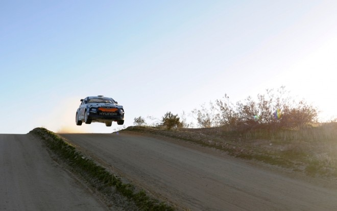 Hyundai Veloster Rally Car Jump1 660x413