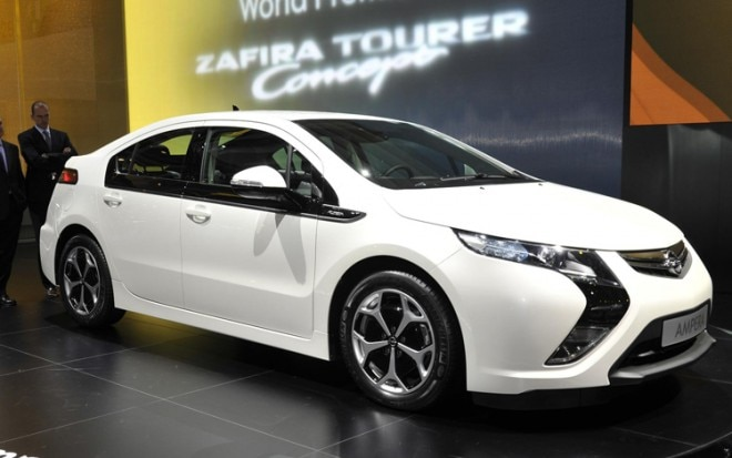 Opel Ampera Front View1 660x413