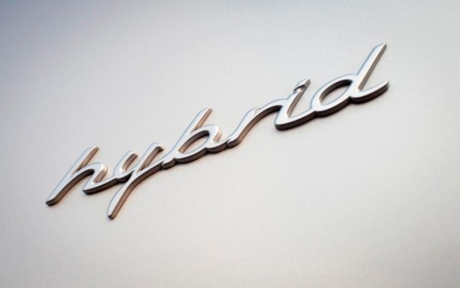 Porsche Hybrid Emblem1 660x413