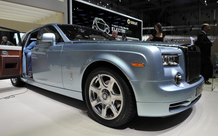 Rolls Royce 102EX Concept Front View1