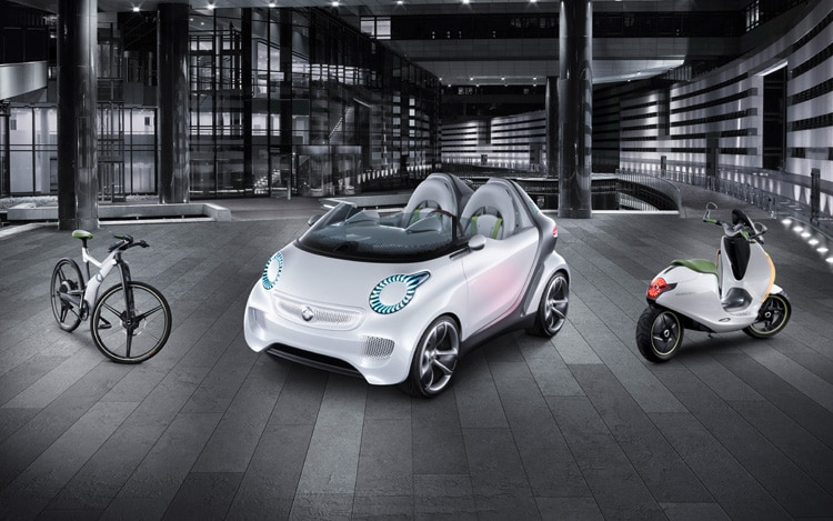 Smart Forspeed Concept Front Three Quarters View With Bikes1