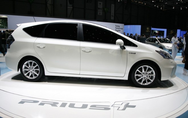 Toyota Prius Plus Right Side