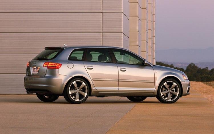 2011 Audi A3 Side1
