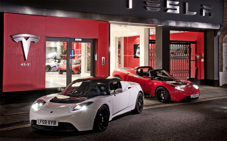 2011 Tesla Roadster1
