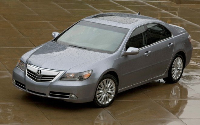 2011 Acura RL Front Three Quarters View2 660x413