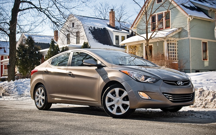 2011 Hyundai Elantra Limited Front Three Quarter7