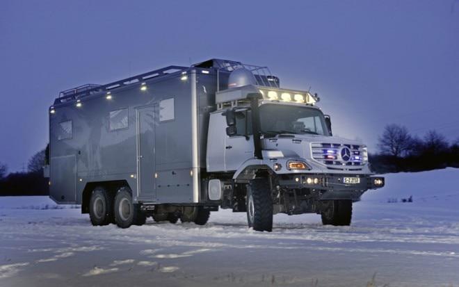 2011 Mercedes Benz Zetros Night1 660x413