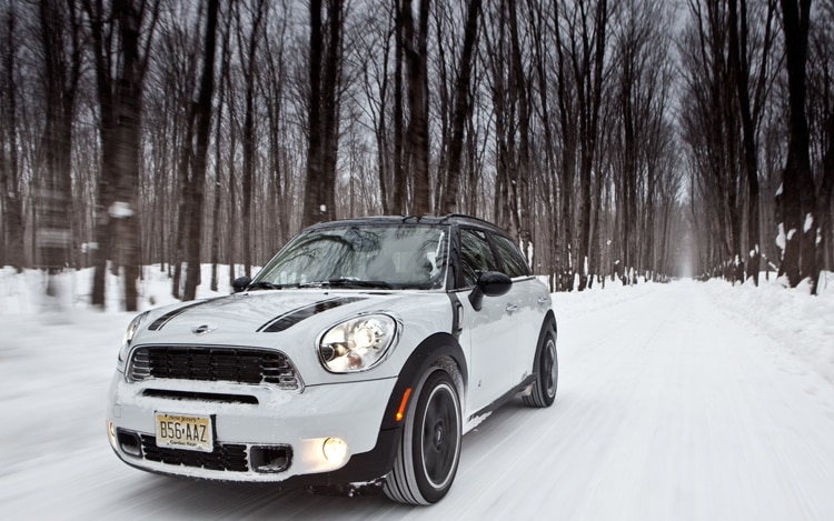 2011 Mini Cooper S Countryman All4 Front Three Quarter5