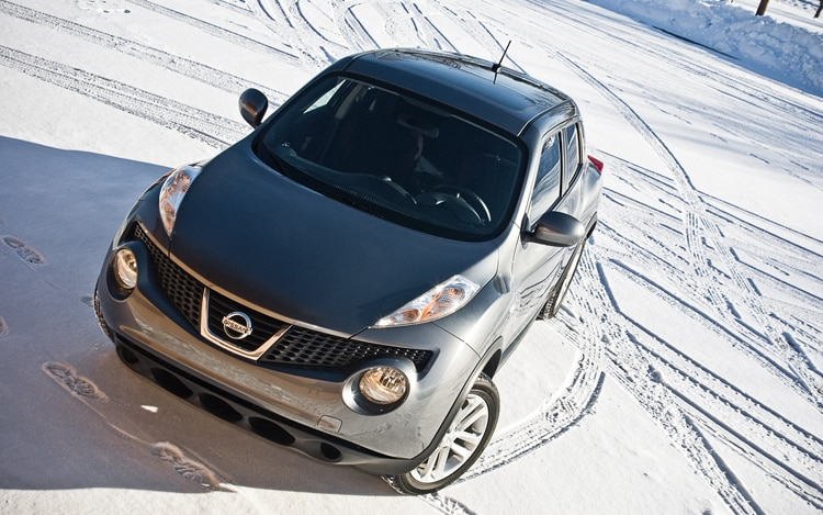 2011 Nissan Juke Sv Awd Front Three Quarter4