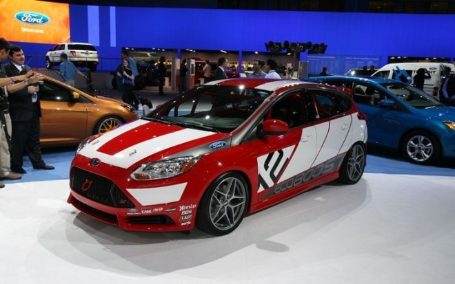 2012 Ford Focus Race Car Concept Front Three Quarters  660x413