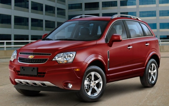 2012 Chevrolet Captiva Sport Front Three Quarters View1 660x413