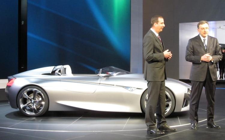 Geneva 2011: BMW ConnectedDrive System Explained
