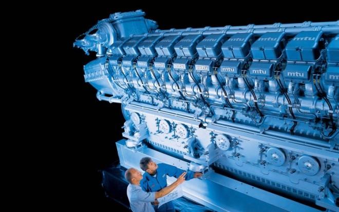 Mtu 8000 Series Diesel Engine 660x413