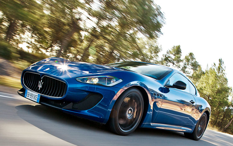 1106 Maserati Granturismo Front Left Side View2