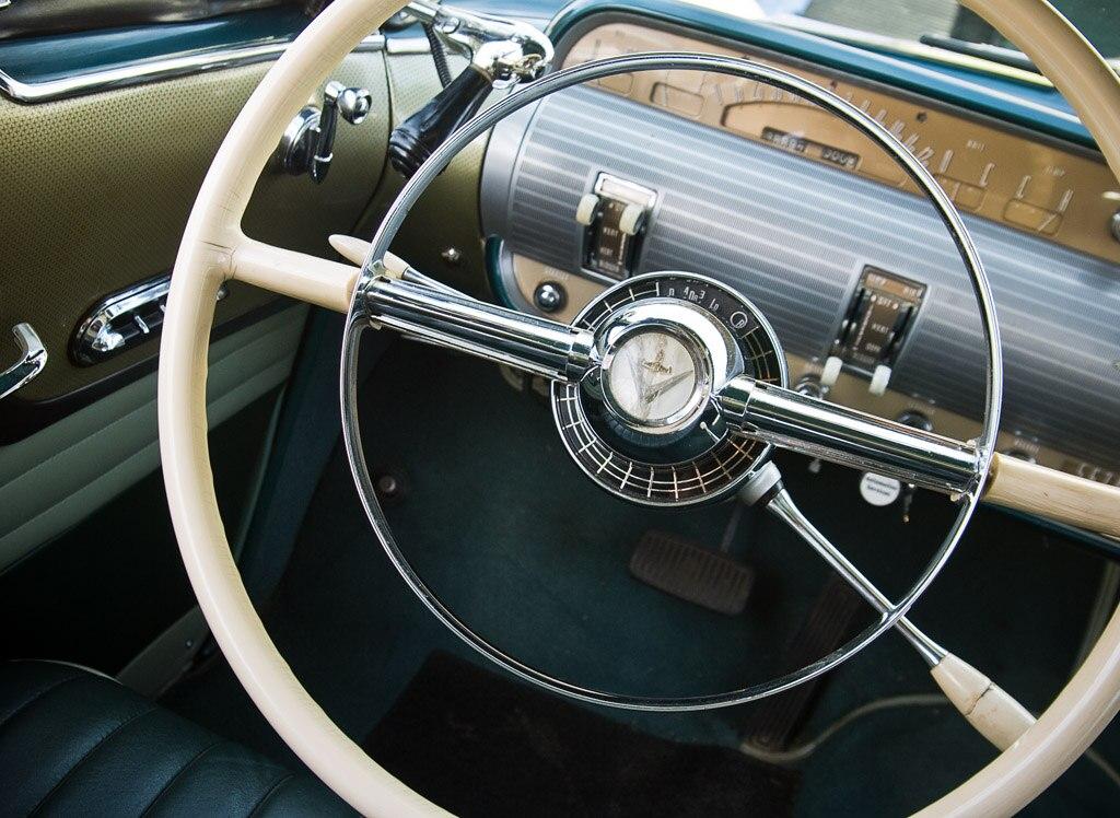 1952-1955 Lincoln Capri