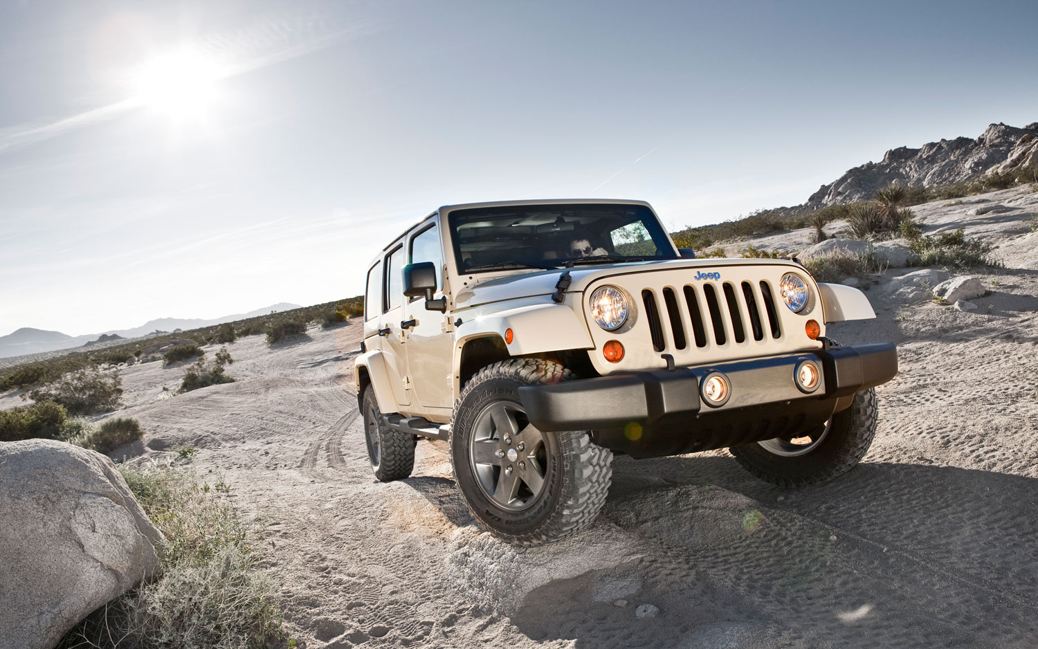 2011 Jeep Wrangler Mojave Front1