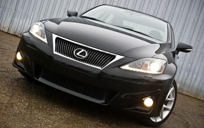 2011 Lexus Is350 Front View1 660x413
