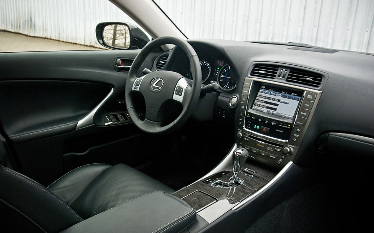 http://st.automobilemag.com/uploads/sites/11/2011/04/2011-lexus-is350-steering-wheel.jpg