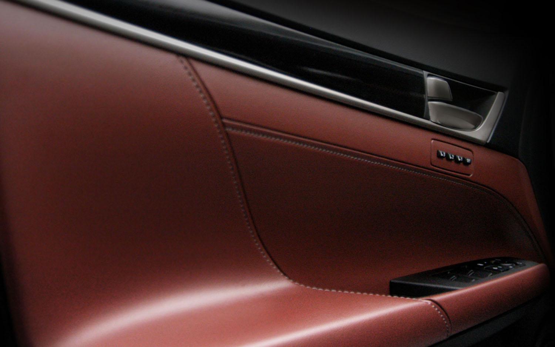 http://st.automobilemag.com/uploads/sites/11/2011/04/2011-lexus-lf-gh-concept-door-panel.jpg