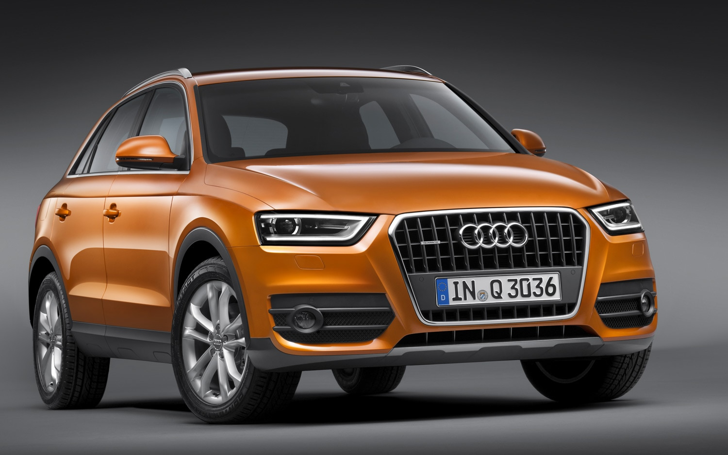 2012 Audi Q3 Front Three Quarters View1