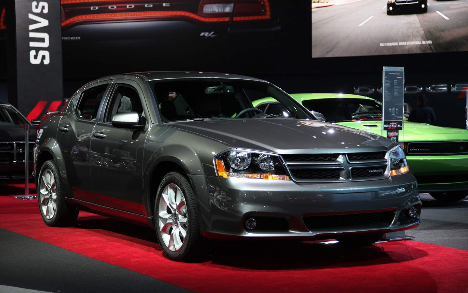 2012 Dodge Avenger RT Front Three Quarters1
