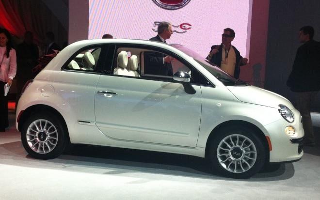 2012 Fiat 500c Profile1 660x413