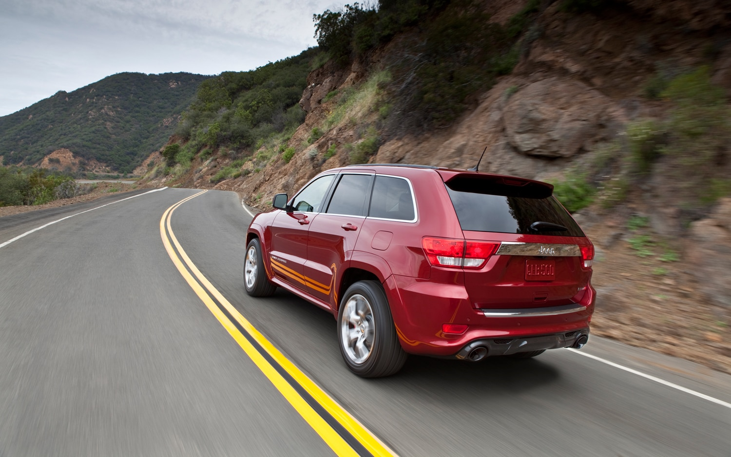2012 jeep grand cherokee srt8 - first look - automobile magazine