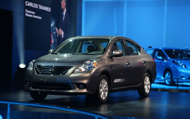 2012 Nissan Versa Front Left Side View1 660x413