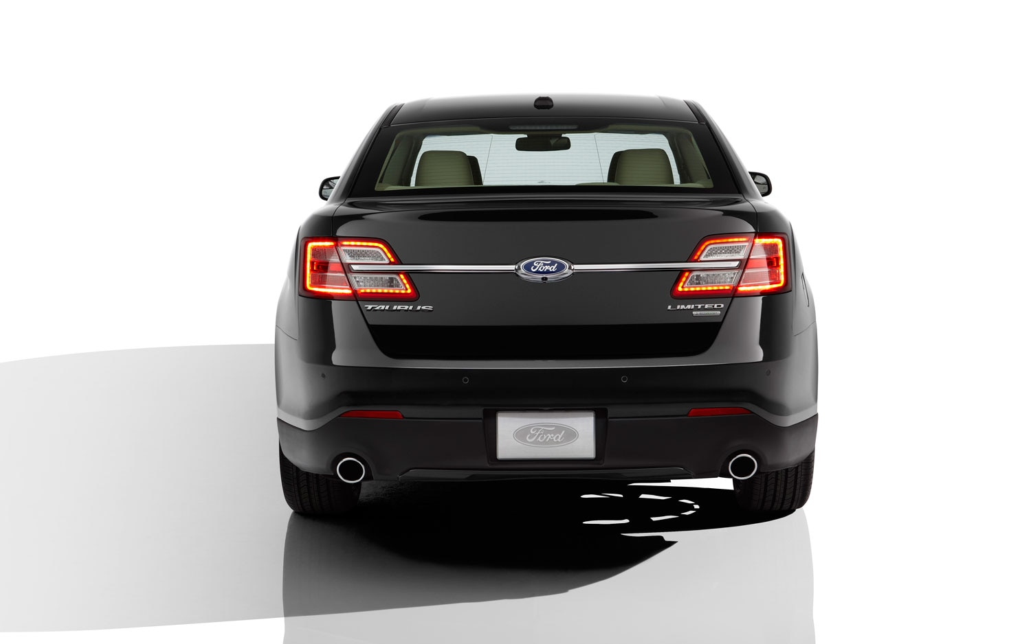 2013 ford taurus rear view 2013 ford taurus first look automobile magazine 2013 ford taurus police interceptor wiring diagram at webbmarketing.co