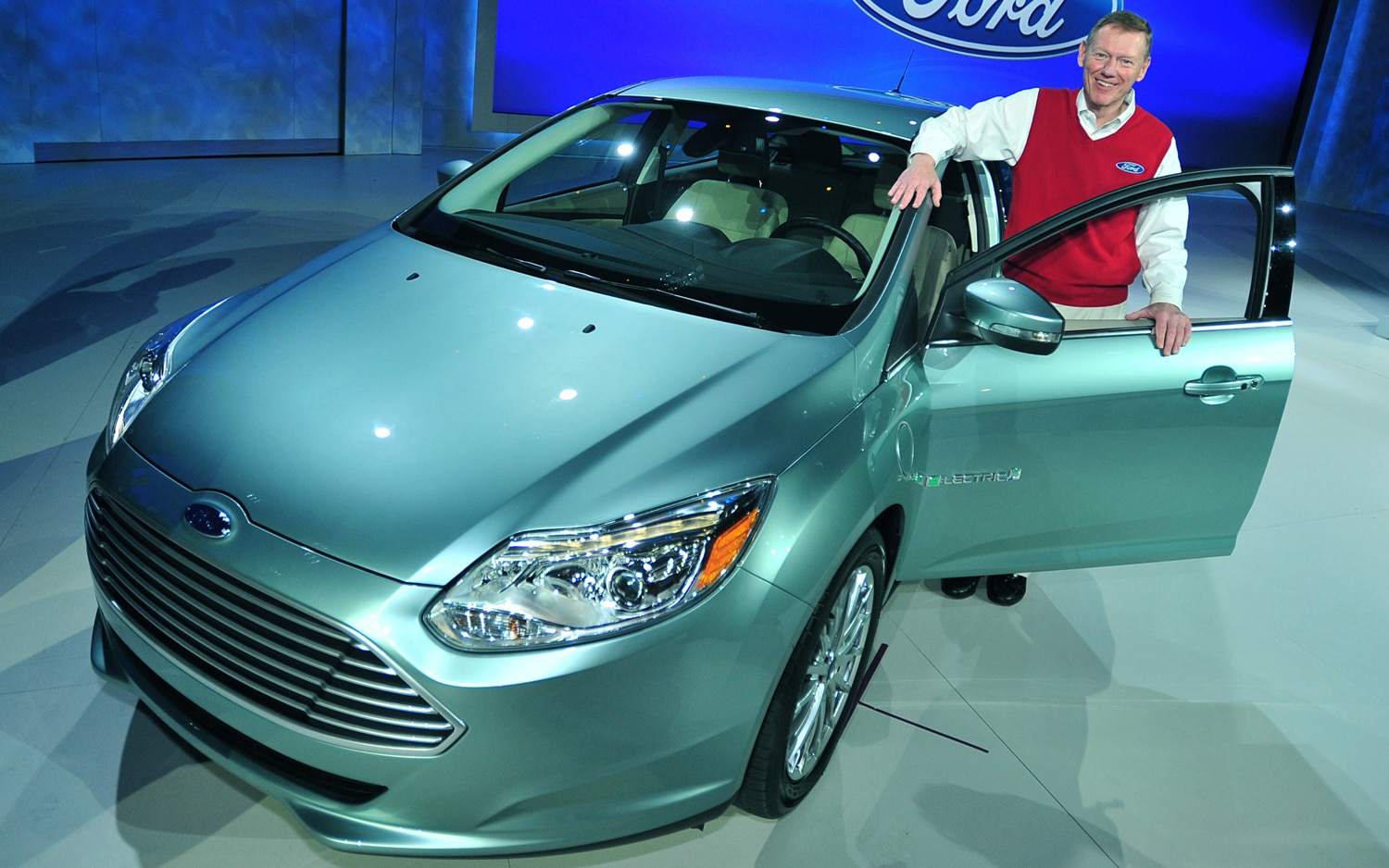 Ford Ceo Mulally 11