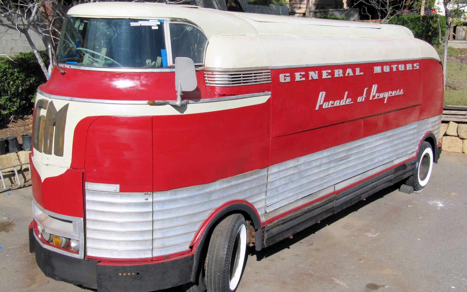 Back To The Future General Motors Futurliner Bus Up For