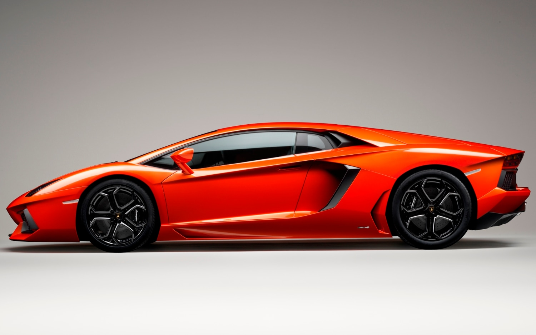 Lamborghini Aventador1