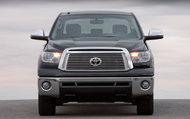 2011 Toyota Tundra Front View1 660x413