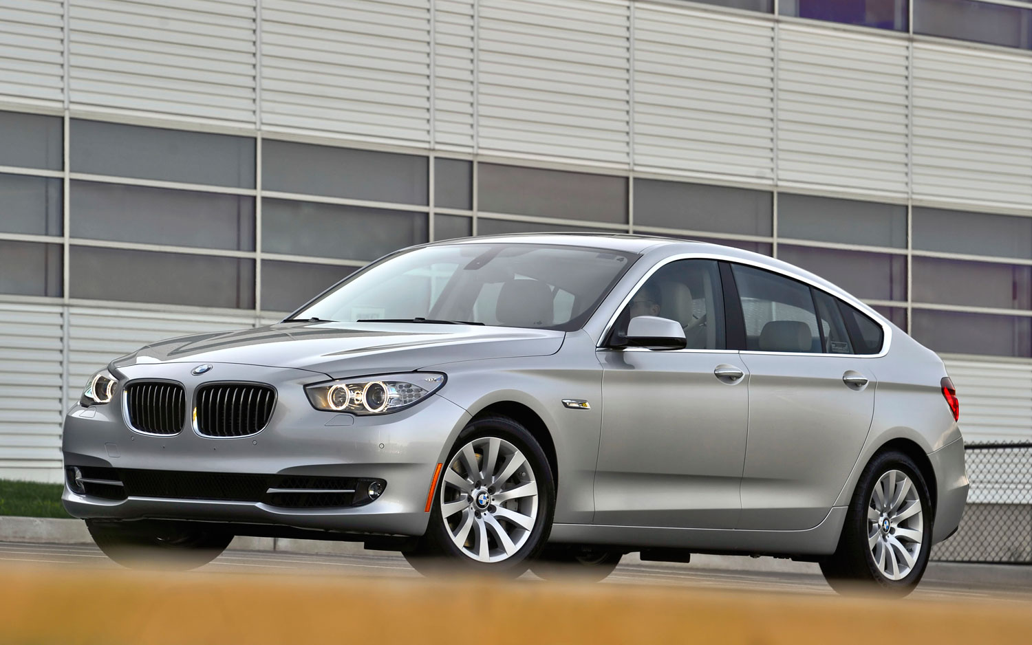 Slow Sales Of BMW Series Gran Turismo Disappoint BMW Exec - 2011 bmw 535 gt