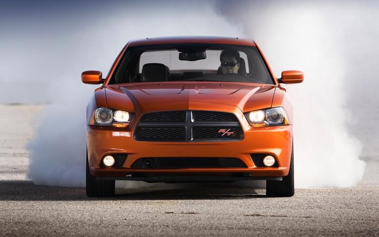 2011 Dodge Charger RT Smoke1