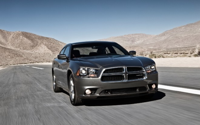 2011 Dodge Charger Front Three Quarter1 660x413