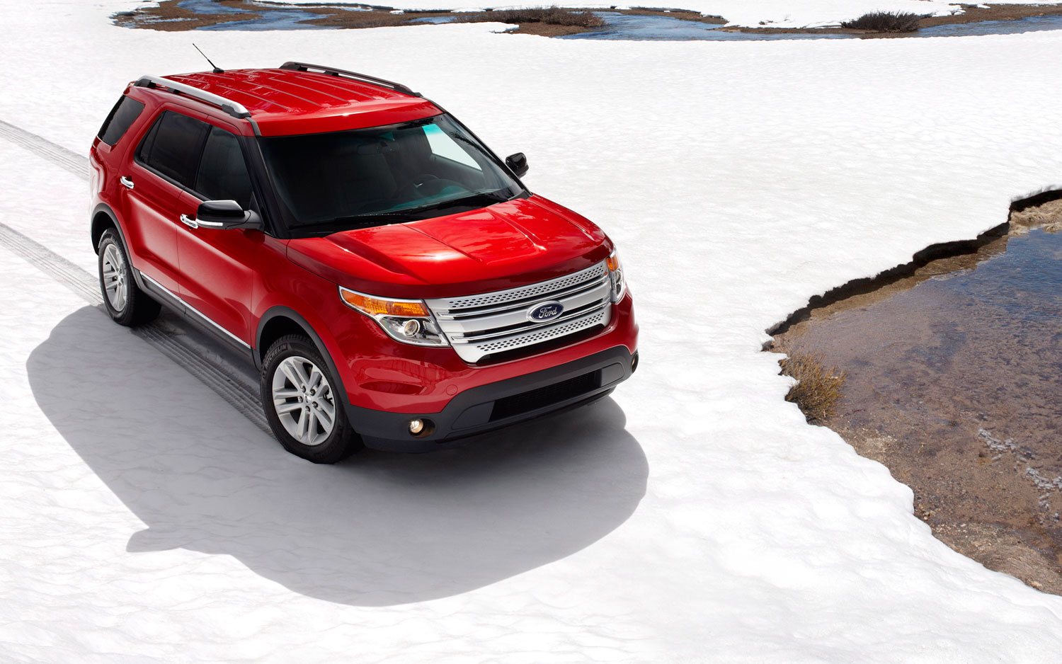 2011 Ford Explorer Xlt 4wd Front Right Side View3