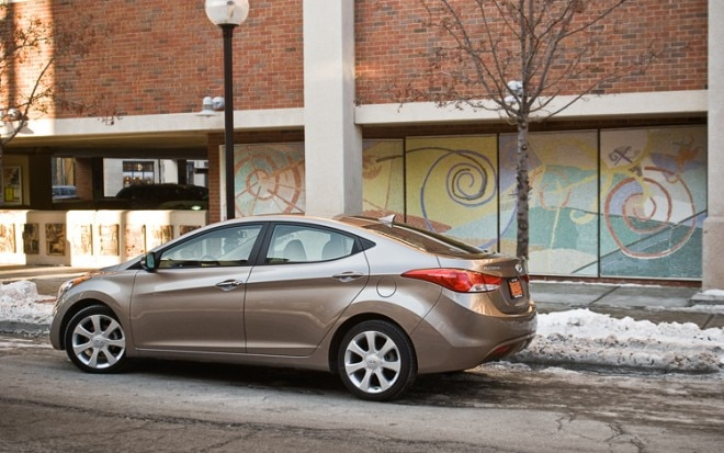 2011 Hyundai Elantra Limited Rear Three Quarter 660x413