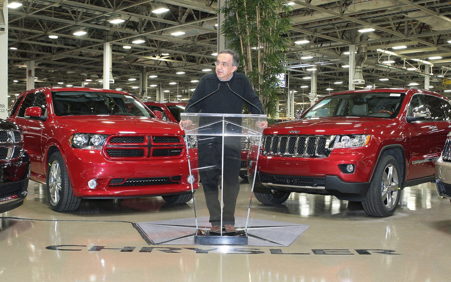 2011 Jeep Grand Cherokee Dodge Durango Sergio Marchionne1