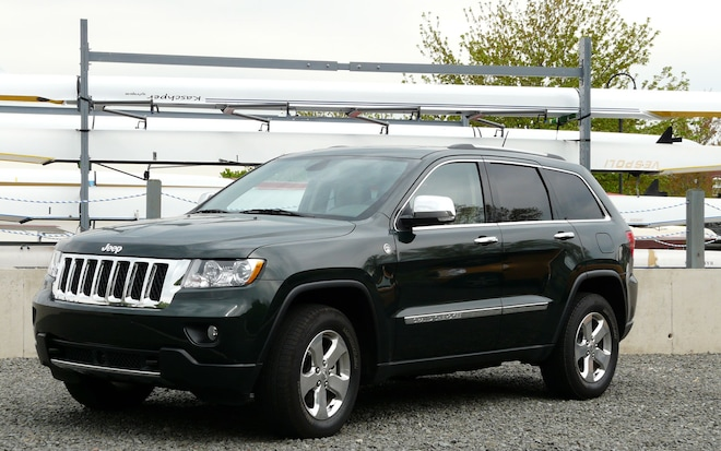 2011 jeep grand cherokee overland 4x4 four seasons update may 2011 automobile magazine. Black Bedroom Furniture Sets. Home Design Ideas