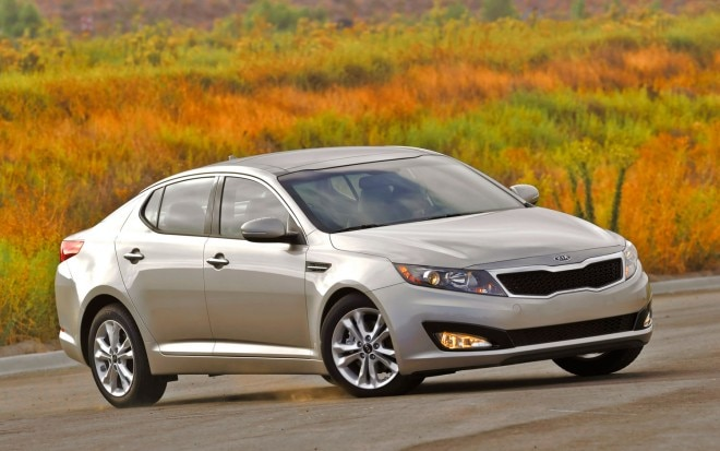 2011 Kia Optima Right Front Three Quarter1 660x413