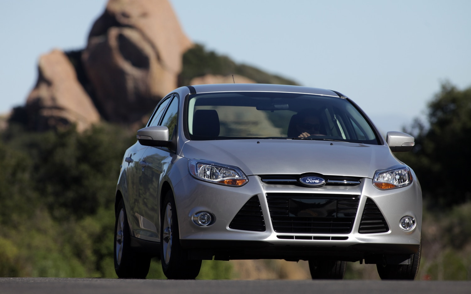 2012 Ford Focus Front View1