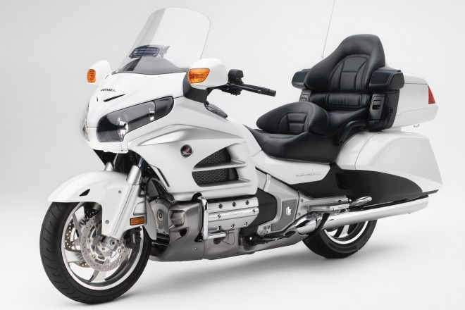 2012 Honda Gold Wing 11 660x440