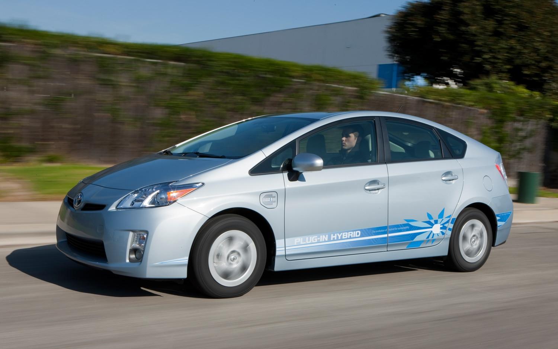 2012 Toyota Prius Plug In Profile