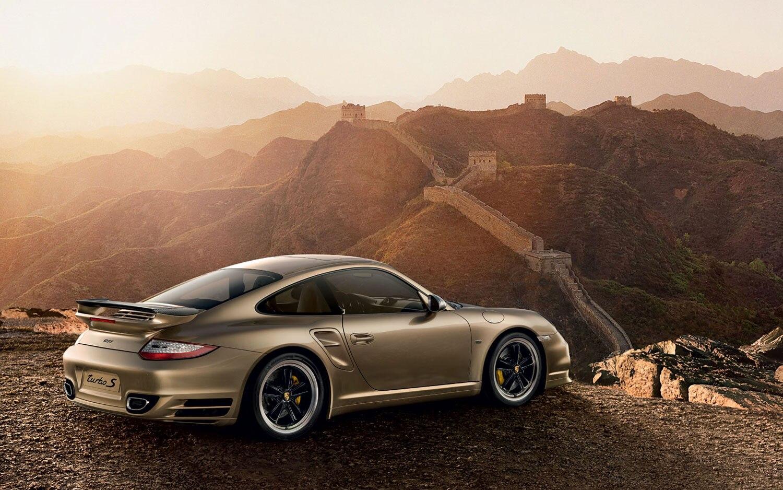 Porsche 10 Year Anniversary Edition 911 Turbo S Rear Three Quarter1