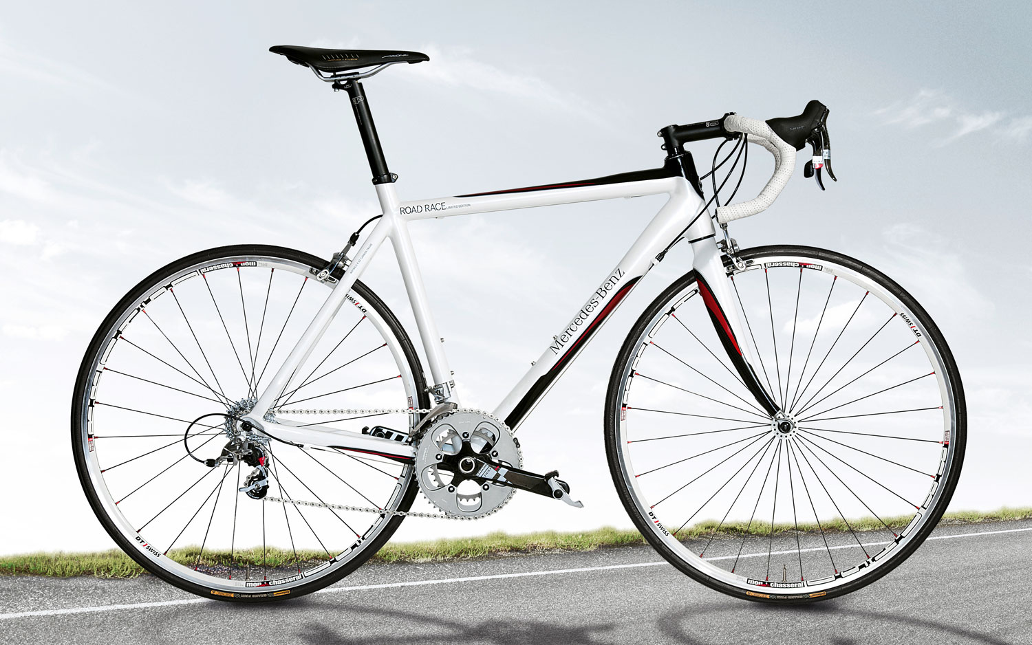 Mercedes Benz Road Bike1